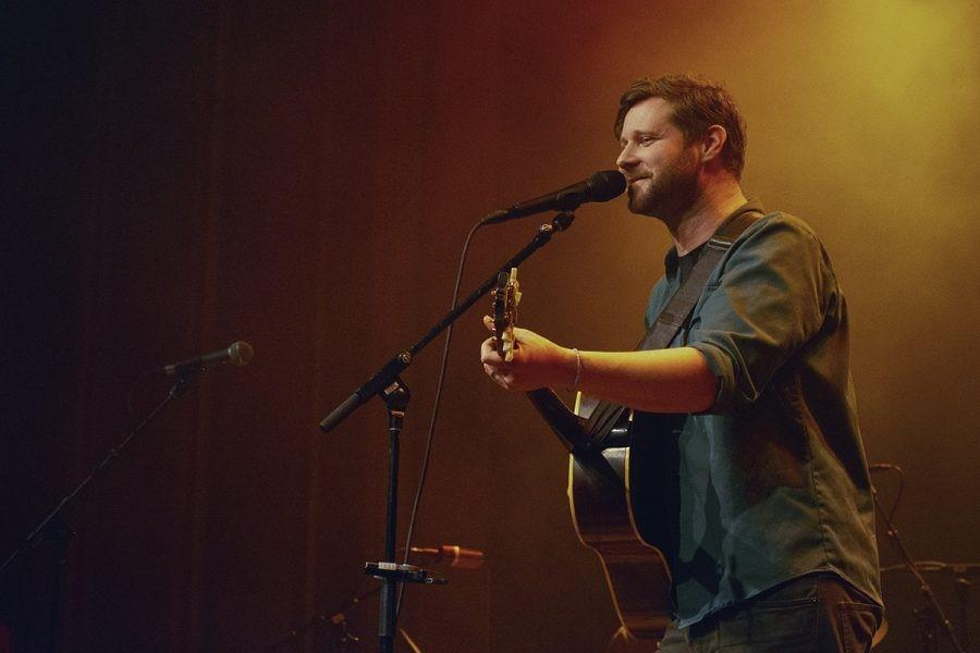 Dan Mangan: #Quarentunes 'Show to Nobody'